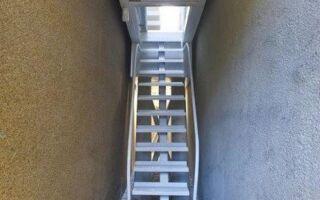 Рисунок 12: Входная лестница в дом Керет