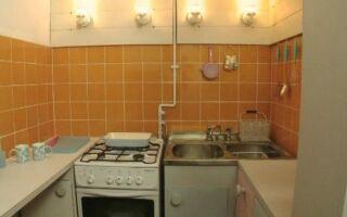 Как обновить старую кухню всего за PLN 1500 (ВИДЕО)
